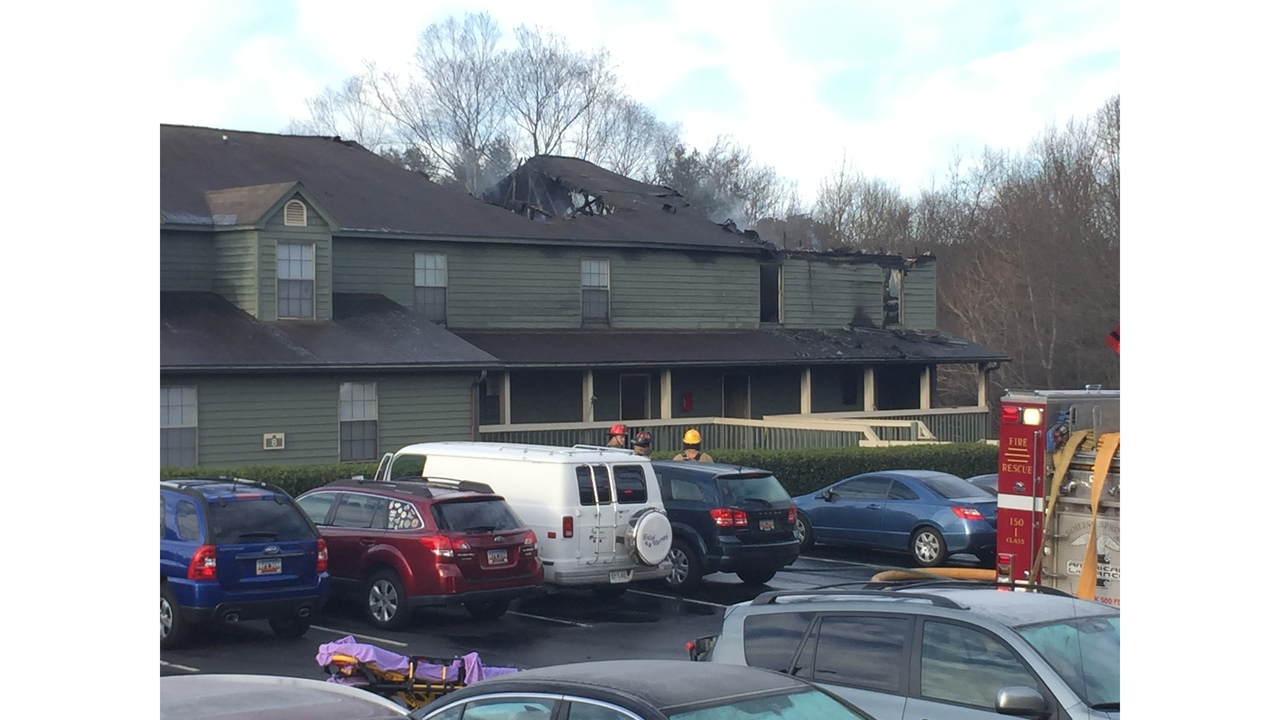 Huntington Downs Apartment fire starts on patio in Greenville