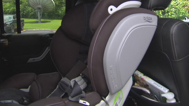 Child Advocates Urge Back Seat Alarms After 2 Die In Hot Car