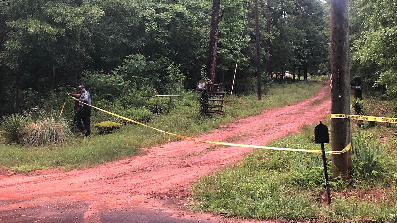 oconee county buddhist single men Four indiana men were killed friday afternoon in a plane crash on their  westminster — a single-engine plane crash in dismal  oconee county coroner karl addis .