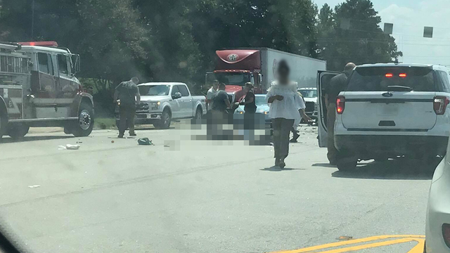 1 dead, 3 hurt after crash on Chesnee Hwy. in Spartanburg Co.