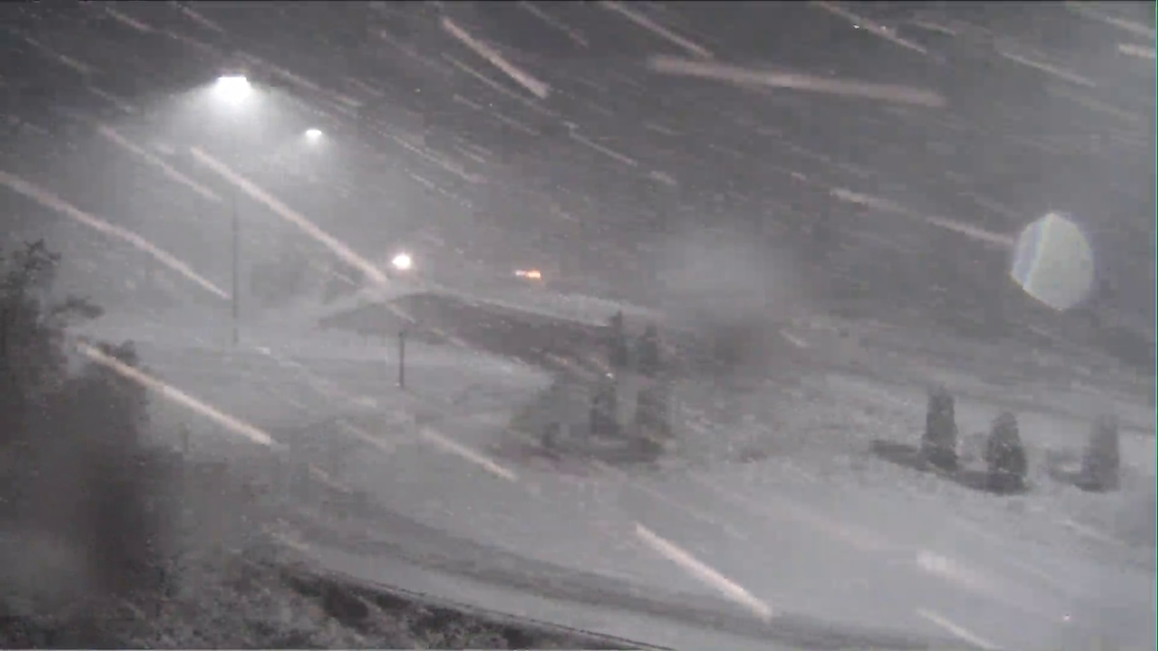 Thousands without power in WNC due to winter storm