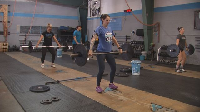 Crossfit gym offering free class to benefit injured Greenville police officer